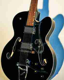 The Batavia Electric Guitar – Black