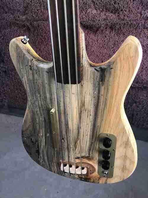 The Gateway Bass – An Electric Bass that sounds like a Double Bass